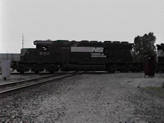 NS 6162 crossing PRR